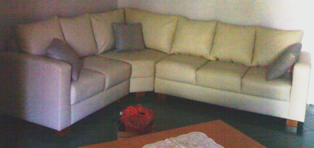 product 179146 2 SOFA L SHAPE IVORY TANGO MISS LEONYS PROJECT (SFCUSLEO01)